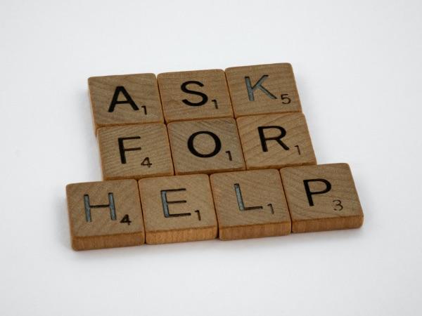 moeite om hulp vragen