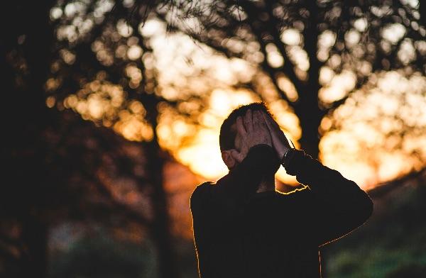 verschil burn-out stress symptomen